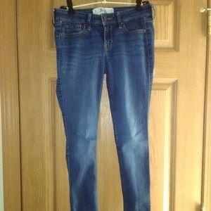 Hollister Stretch Super Skinny Jeans EUC!